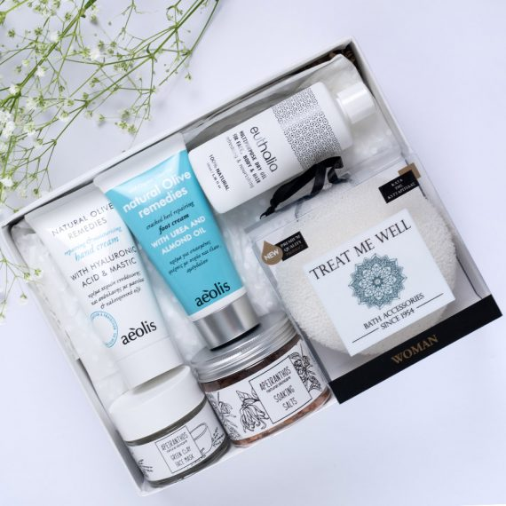 pamper new mama gift box