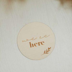 """Ξύλινος δίσκος """"We'rehere"""""""
