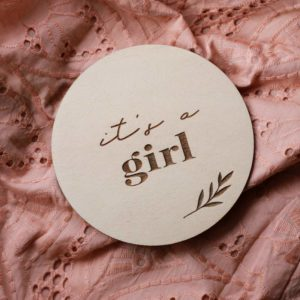 'It's a girl' wooden disc